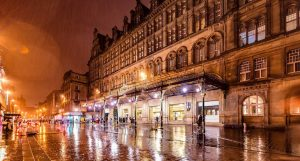 Rainy_Glasgow_Central_Station_Scotland